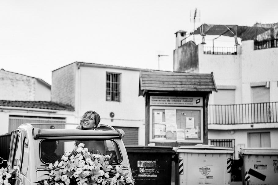 Fotos boda en el campo citroen 2 caballos